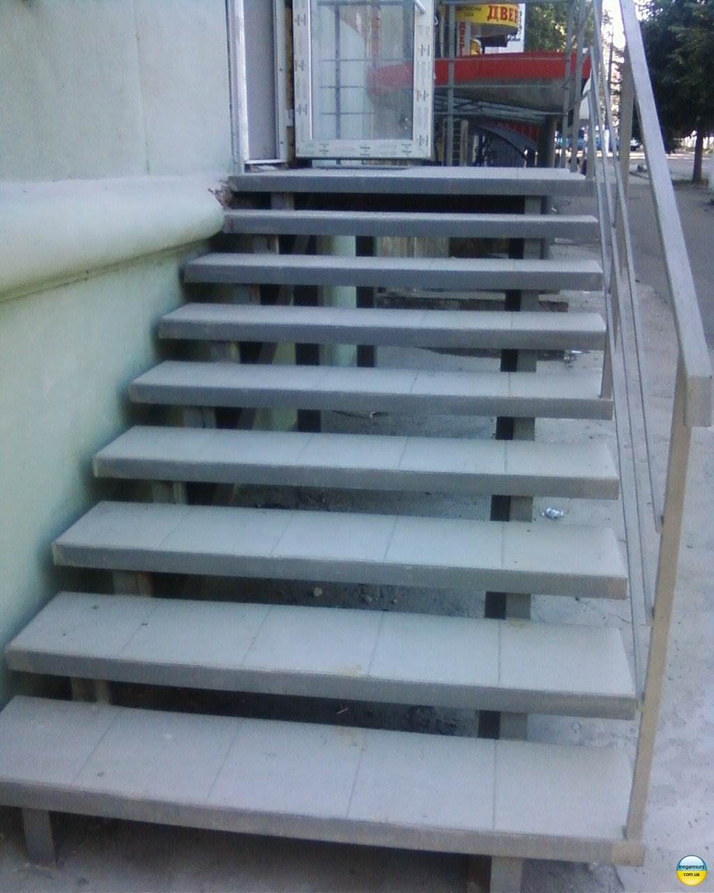 Укладка на лестницу антиобледенения
